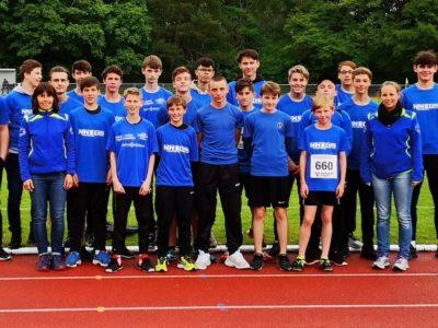 Die Leichtathleten der Henry-Harnischfeger-Schule trotzten den schlechten Wetterbedingungen und erreichten tolle Platzierungen.